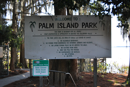 Palm Island Park Entrance Sign